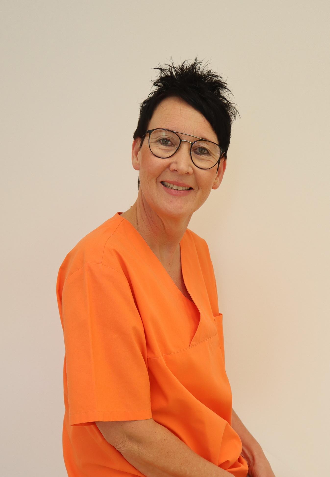 Profilbild Elke Rolf / Zahnarzthelferin